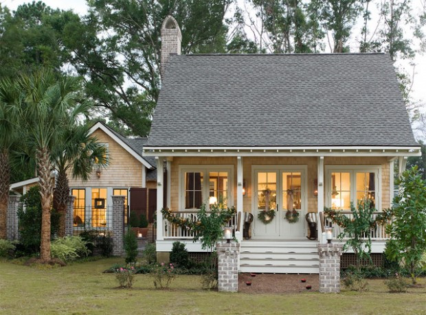 20 Cute Small Houses That Look So Peaceful (8)
