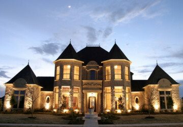 19 Gorgeous Houses That Look Like Castles - houses that look like castles, houses, house, castle