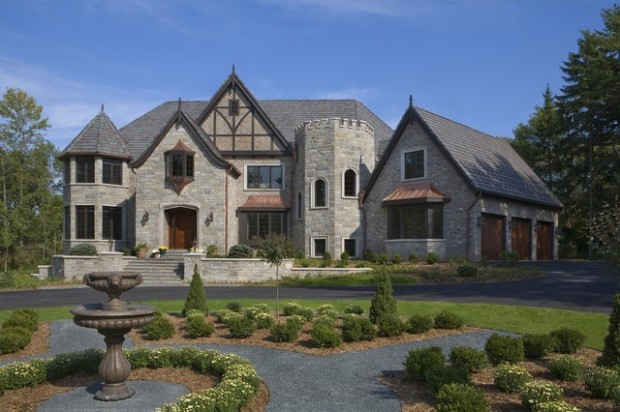 19 gorgeous houses that look like castles style motivation for Castle type house plans