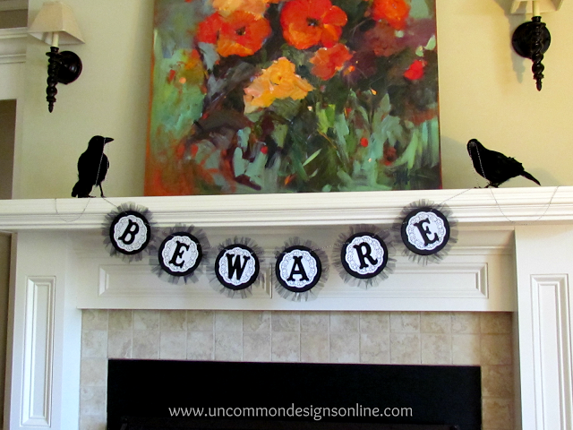 20 Great DIY Halloween Garlands and Banners for Perfect Halloween Home Decor (1)