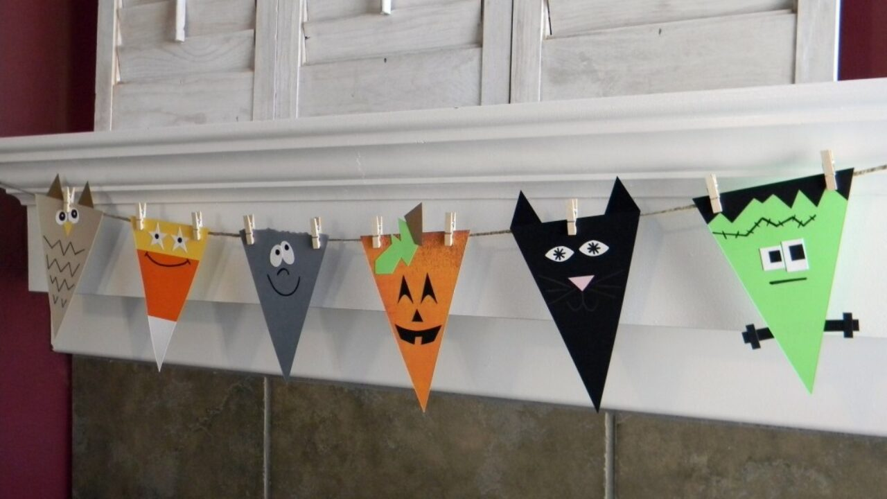 18 Great DIY Halloween Garlands and Banners for Perfect Halloween