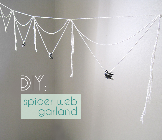 20 Great DIY Halloween Garlands and Banners for Perfect Halloween Home Decor (2)