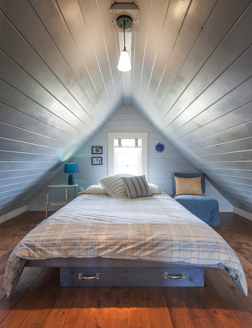 18 great ideas for how to use your attic space style for Attic bedroom decoration