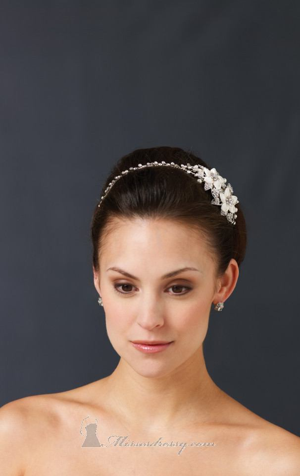 21 Adorable Hair Accessories for Perfect Bridal Hairstyle (18)