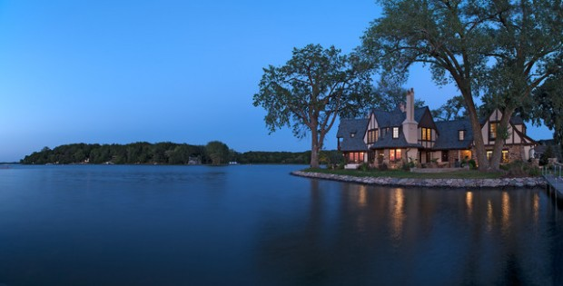 20 Amazing Lake Houses