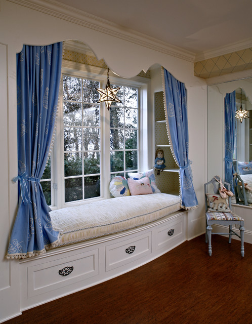22 Window Nook Design Ideas- Perfect Place for Relaxation at Home (13)