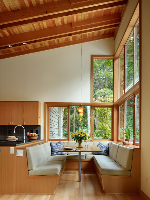 22 Window Nook Design Ideas- Perfect Place for Relaxation at Home (4)