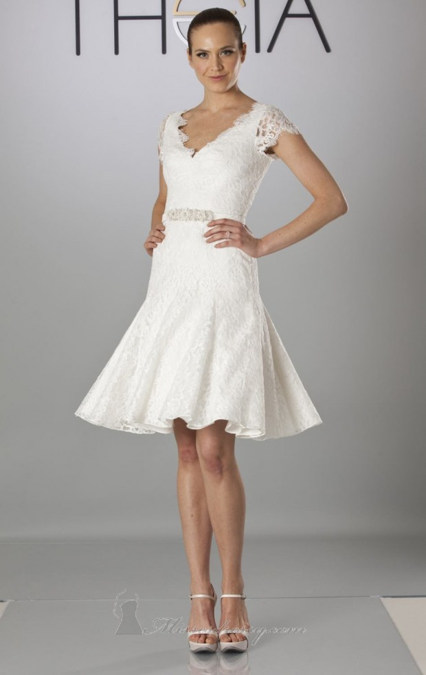 23 Beautiful Short Wedding Dresses - Style Motivation