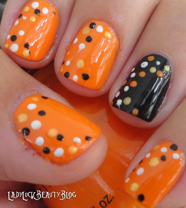 23 Easy Creative and Funny Nail Art Ideas for Halloween (12)