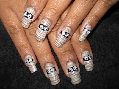 23 Easy Creative and Funny Nail Art Ideas for Halloween (17)