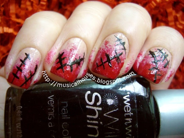 23 Easy Creative and Funny Nail Art Ideas for Halloween (18)