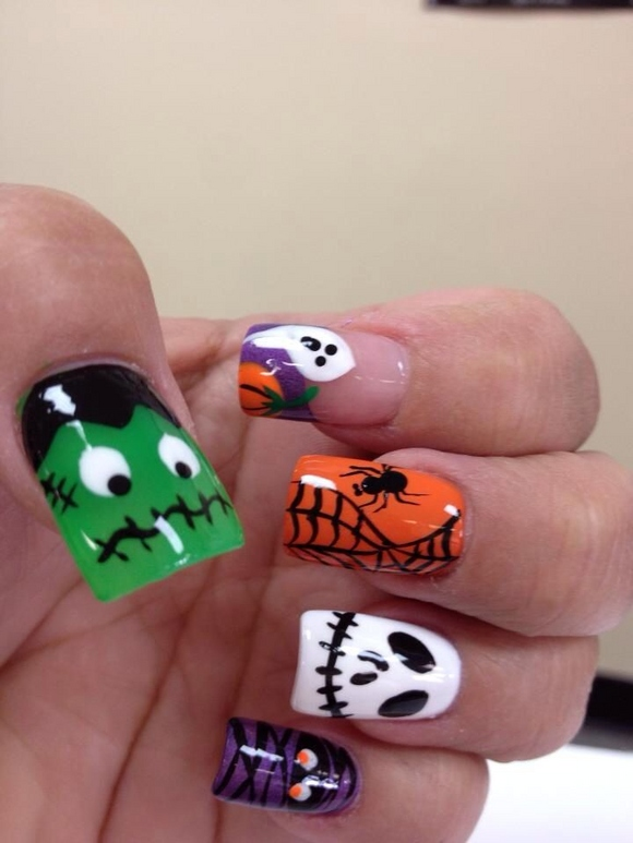 23 Easy Creative and Funny Nail Art Ideas for Halloween (22)