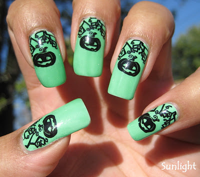 23 Easy Creative and Funny Nail Art Ideas for Halloween (3)