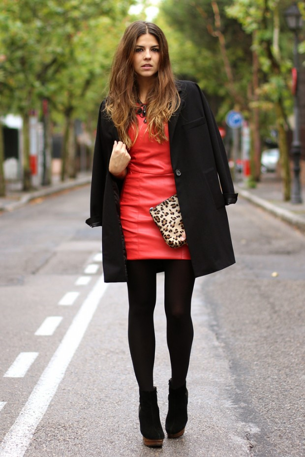 24 Gorgeous Ideas How to Wear Dress and Skirt in Cold Weather (21)