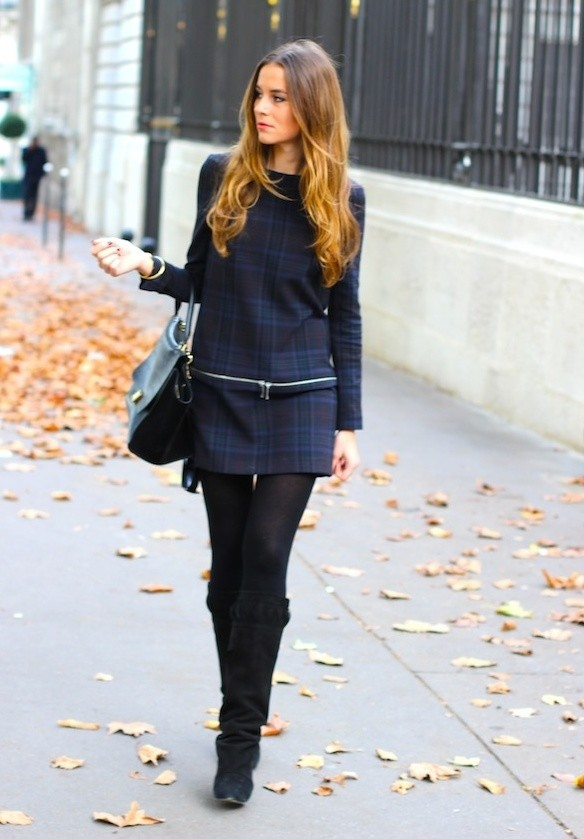 24 Gorgeous Ideas How to Wear Dress and Skirt in Cold Weather (23)