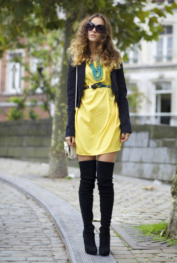 24 Gorgeous Ideas How to Wear Dress and Skirt in Cold Weather (9)