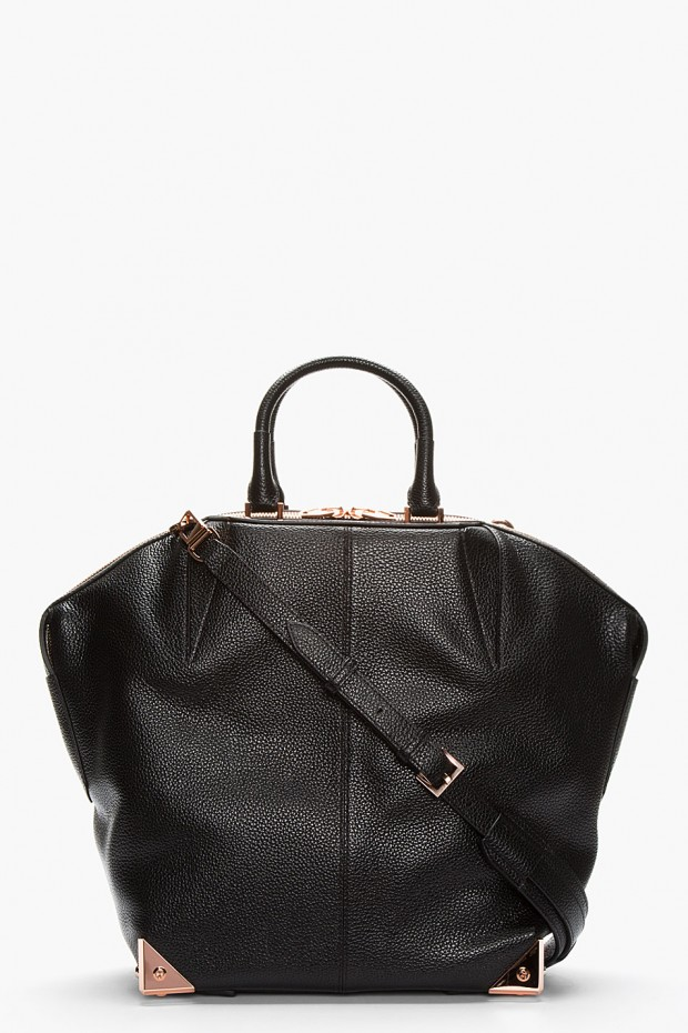 18 Classic and Elegant Black Bags for Sophisticated Look - Style ...