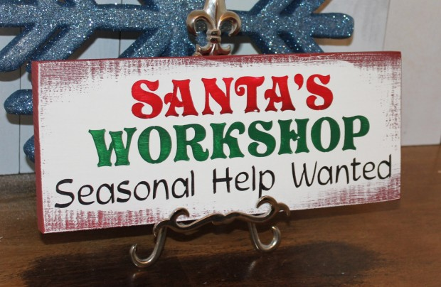 15 Incredible Christmas Sign Decorations  (10)