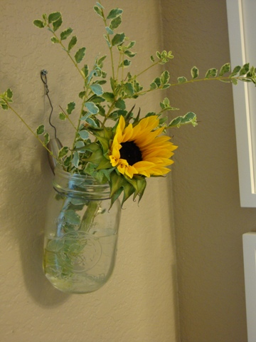 17 Awesome DIY Ideas with Jars and Cans for Home Décor (11)