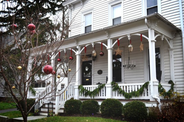 16 Beautiful Ideas for Exterior Christmas Decor