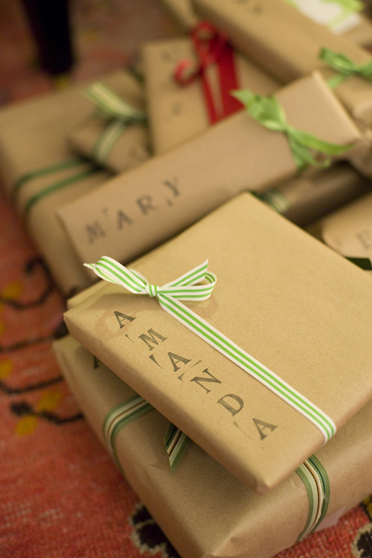 18Original and Creative DIY Christmas Gift Wrap Ideas (2)