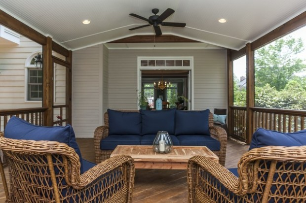 19 Great Traditional Front Porch Design Ideas  (10)