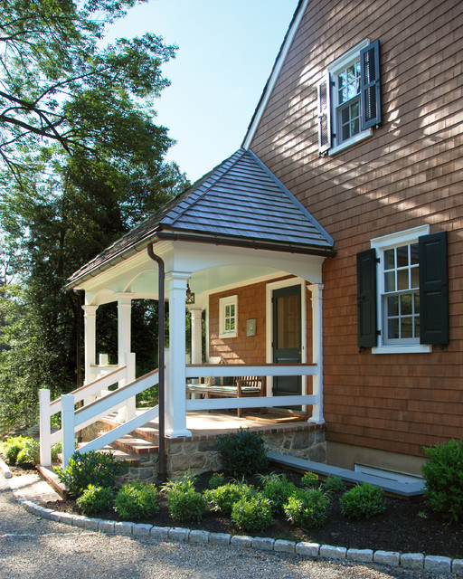 19 Great Traditional Front Porch Design Ideas  (16)