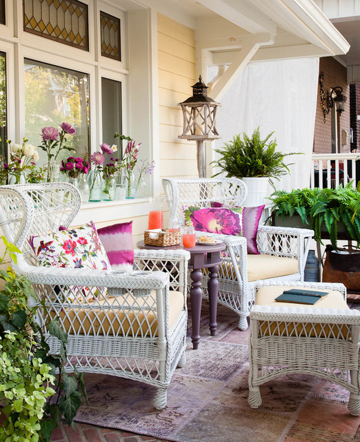 19 Great Traditional Front Porch Design Ideas  (4)