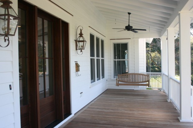 18 Great Traditional Front Porch Design Ideas