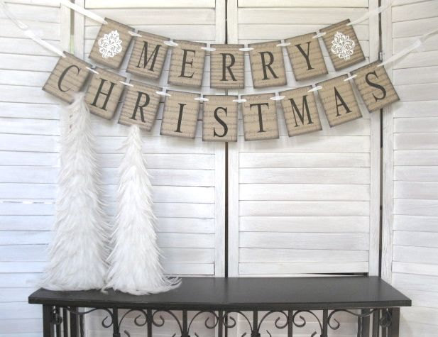 20 Amazing Decorating Ideas with Christmas Banners (13)