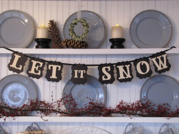 20 Amazing Decorating Ideas with Christmas Banners (16)