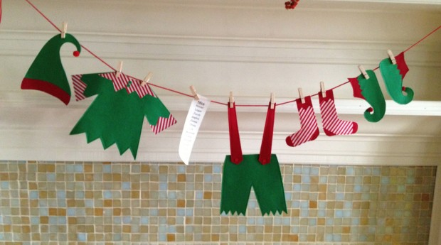 20 Amazing Decorating Ideas with Christmas Banners (17)