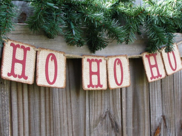 20 Amazing Decorating Ideas with Christmas Banners (5)