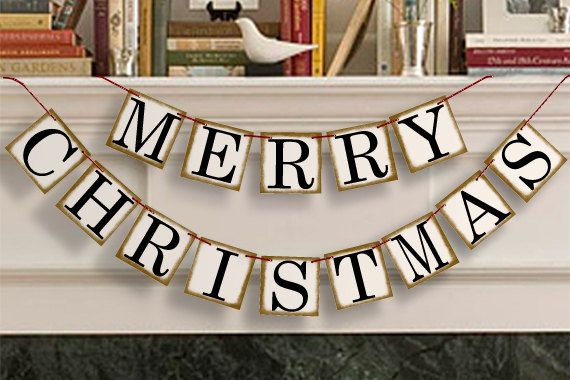 20 Amazing Decorating Ideas with Christmas Banners (8)