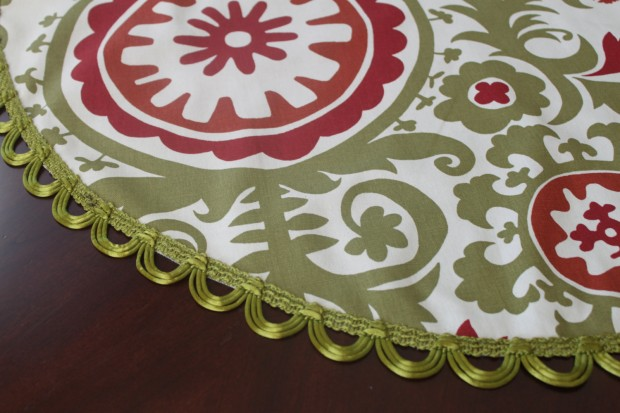 20 Beautiful Christmas Tree Skirt Designs (11)