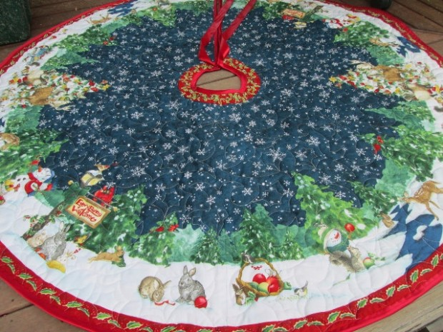 20 Beautiful Christmas Tree Skirt Designs (20)