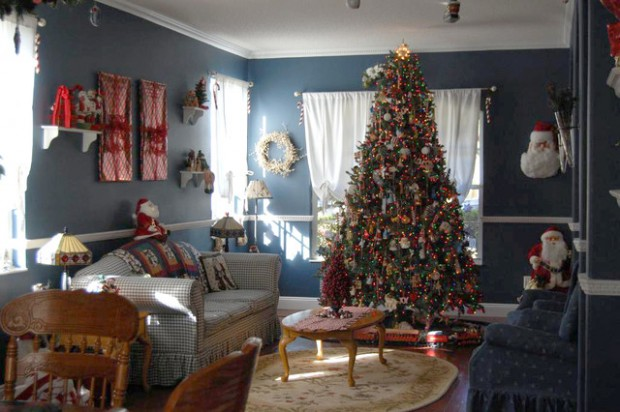 20 Brilliant Ideas How to Decorate Your Living Room for Christmas (10)