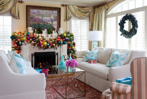 20 Brilliant Ideas How to Decorate Your Living Room for Christmas (12)