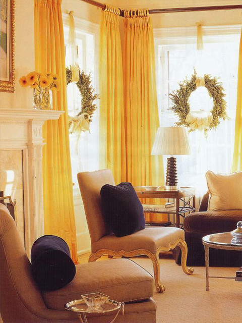 20 Brilliant Ideas How to Decorate Your Living Room for Christmas (15)