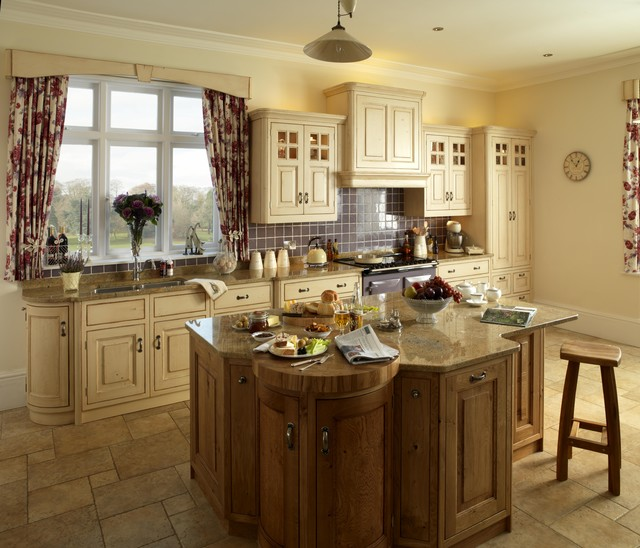 Traditional country kitchen ideas for Country themed kitchen ideas