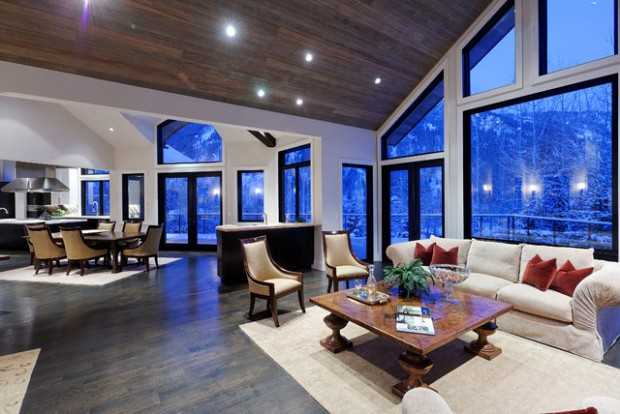 21 Amazing Living Room Design Ideas with Window Wall (14)