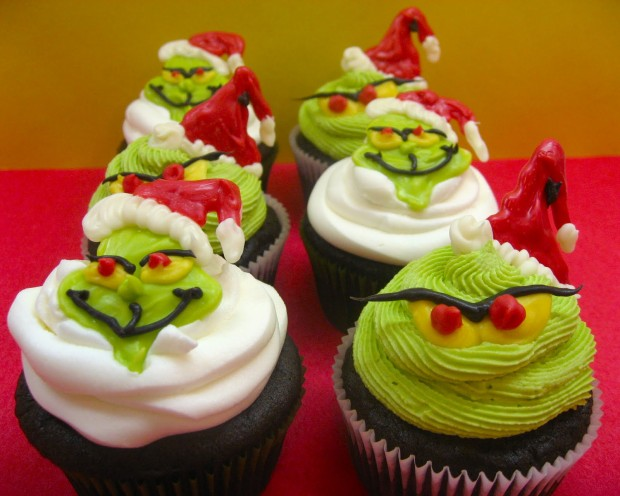 20 Cute and Sweet Christmas Cupcakes