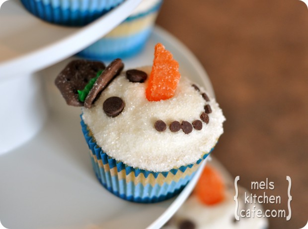 21 Cute and Sweet Christmas Cupcakes (18)
