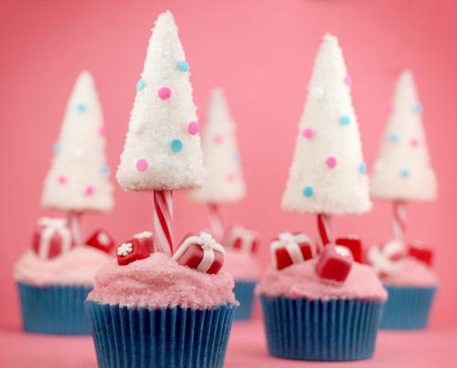 21 Cute and Sweet Christmas Cupcakes (2)
