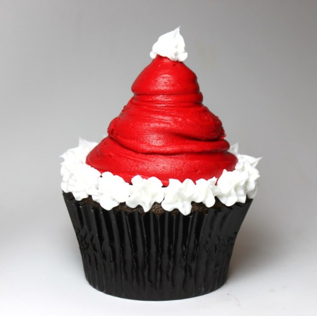 21 Cute and Sweet Christmas Cupcakes (20)