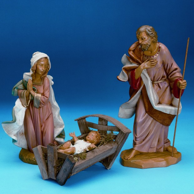 22 Awesome Christmas Figurine Decorations