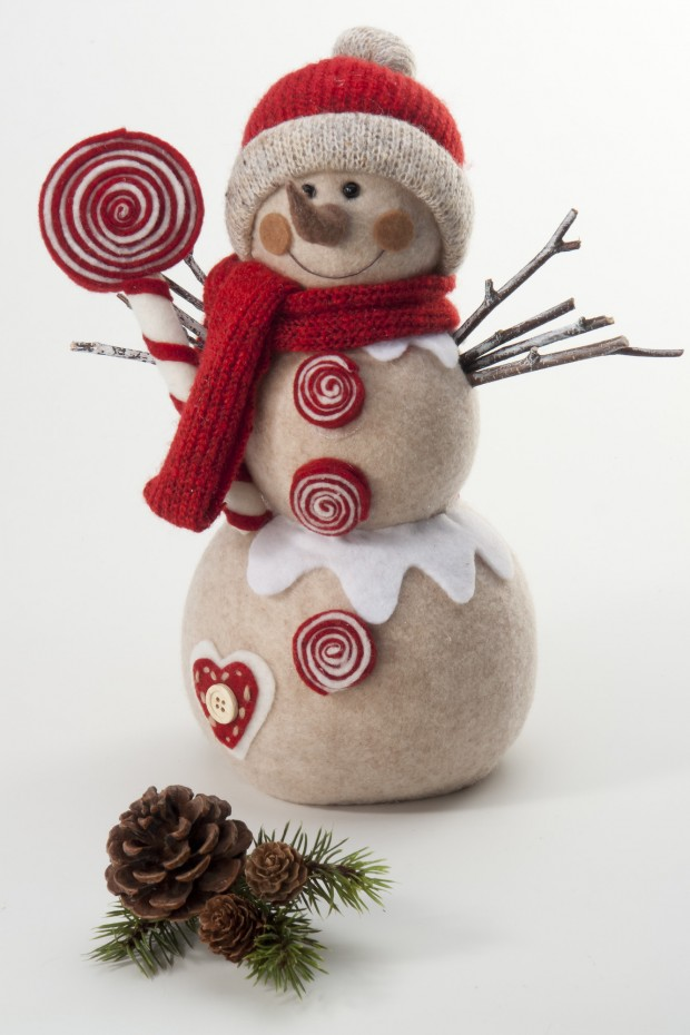 22 Awesome Christmas Figurine Decorations (4)