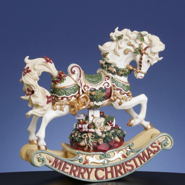 22 Awesome Christmas Figurine Decorations (6)