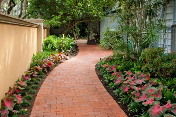 22 Great Ideas for Perfect Garden Path (5)