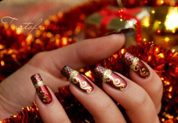 23 Amazing Christmas Nail Design Ideas - nail design ideas, nail design, Nail Art, Christmas nails, Christmas nail design, Christmas